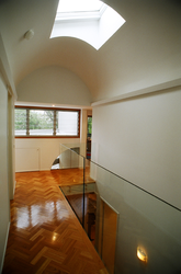 Complex curved ceiling construction and glass balistrade